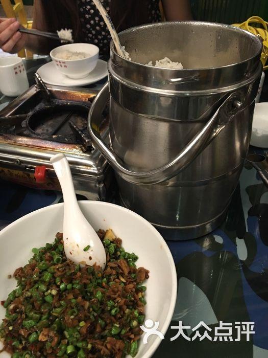 炊事班美食主题餐厅(步行梦得)-美食-衢州百货街店军旅岳阳佳图片图片