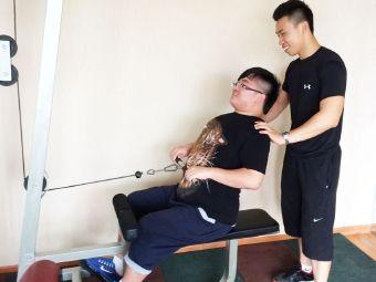 Ating健身私教中心