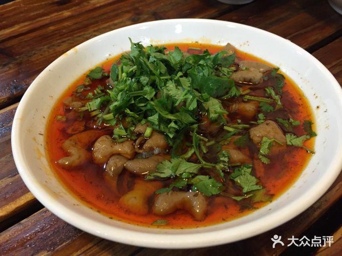 江油鳙鱼(肖家河中街店)肥肠丸图片