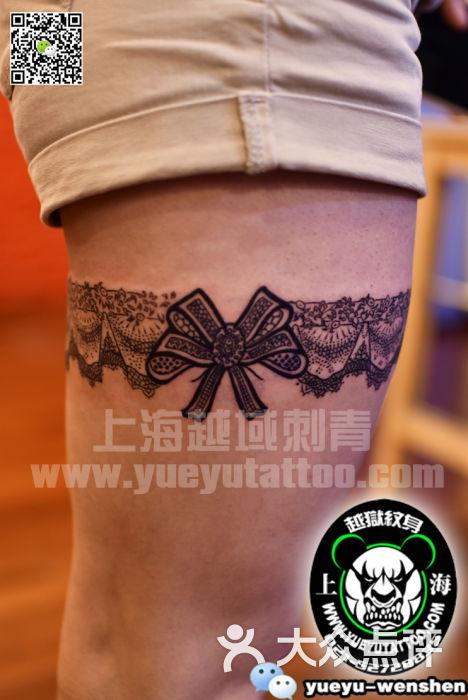 蕾丝蝴蝶结纹身图案