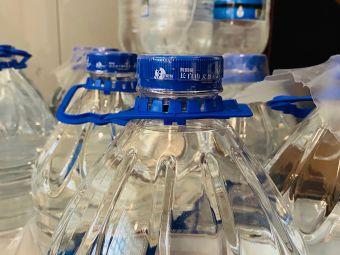 天天一泉桶装水服务站