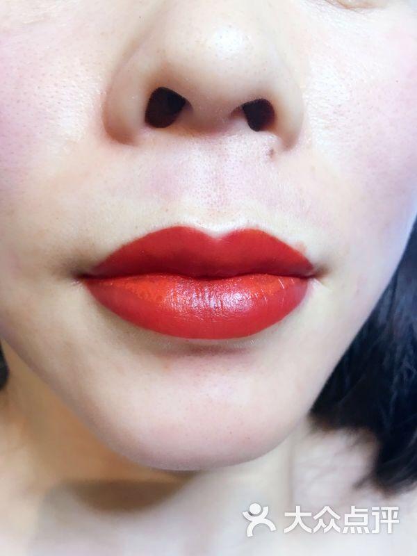 纹绣嘴巴的画法步骤图