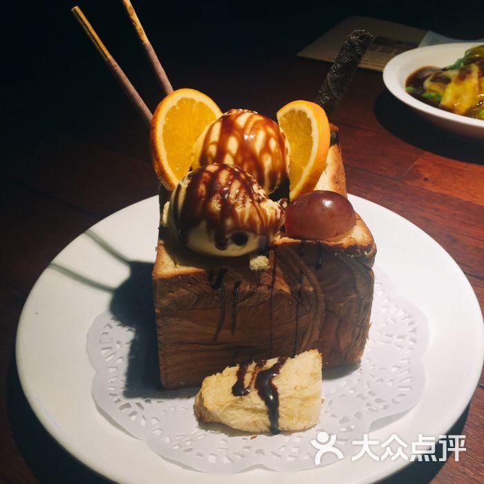 前海沿(佳世客香港中路店)-面包诱惑图片-青岛美食