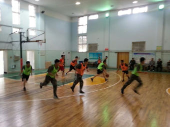 二疗篮球馆