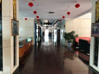 刘庄大酒店停车场