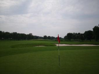 美庐庄园高尔夫球场
