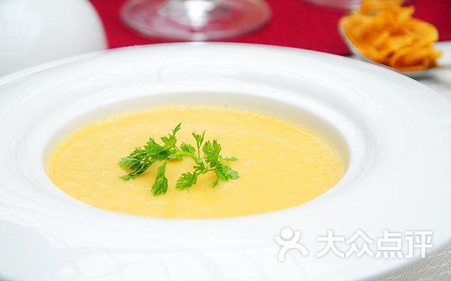 贵和皇冠假日秀水庭法餐厅法式香茅玉米浓汤图片 - 第79张