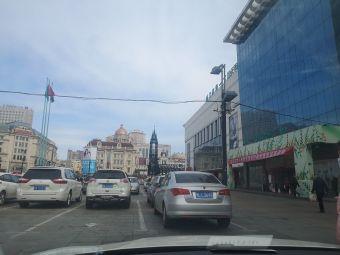 哈尔滨新一百-停车场