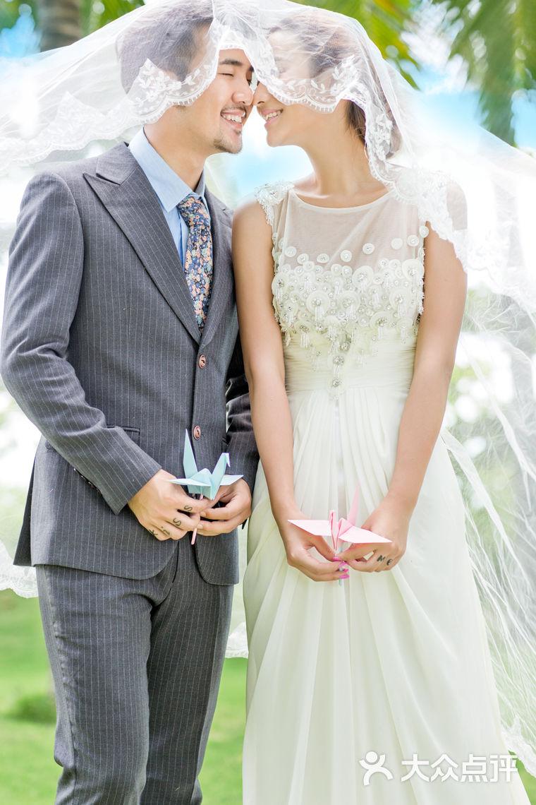 欧式服装婚纱照
