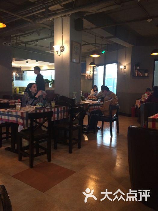 遇见西木美式餐厅的点评