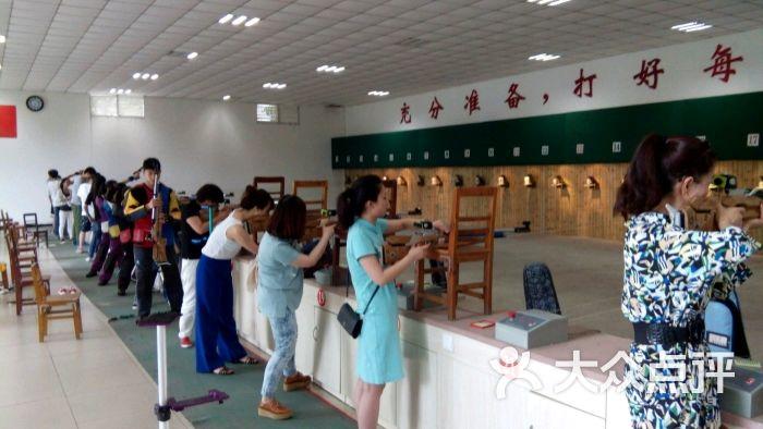 少年训练射箭射击阵容(重庆市尚羿体育俱乐部罗马基地球员图片