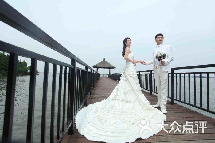赣州维纳斯婚纱摄影_维纳斯婚纱摄影价目表