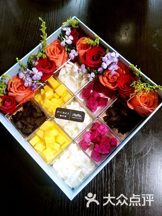 鲜花礼盒图片