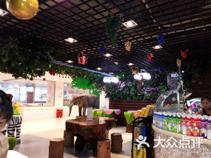 森林主题餐厅图片 - 第3张