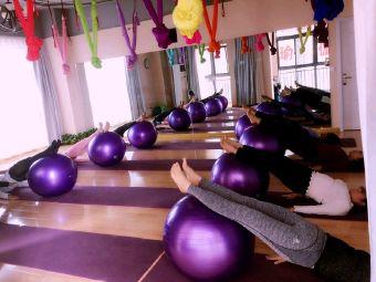 fangfang瑜伽普拉提生活馆