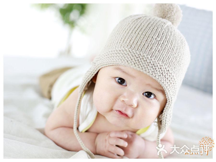 宝宝 壁纸 儿童 孩子 小孩 婴儿 900_675