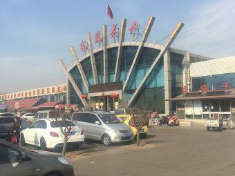 唐山凤凰花卉停车场