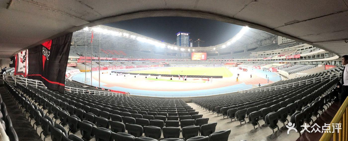 八万人体育馆招聘_八万人体育馆外场足球场亚博app官方下载 - 第55张