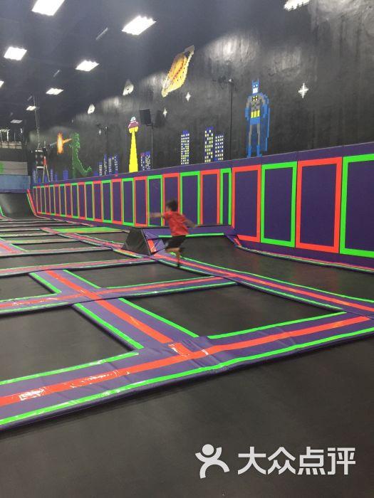 酷跳蹦床主题公园图片 - 第3张图片