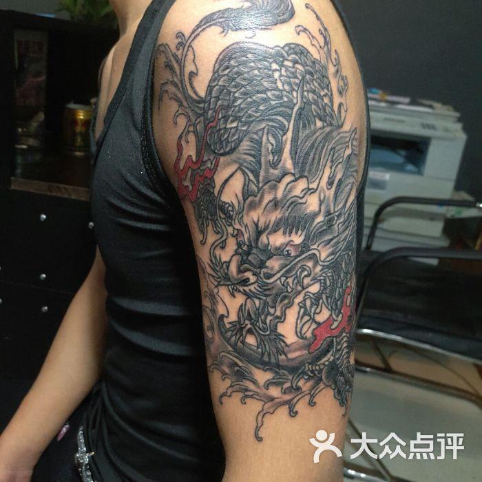 江阴市新桥镇魅痕刺青纹身工作室
