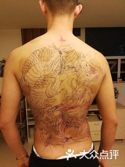 君墨刺青工作室背部图片 - 第1张