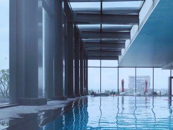 佛山保利洲际酒店游泳池