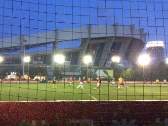 阿迪達斯足球公園