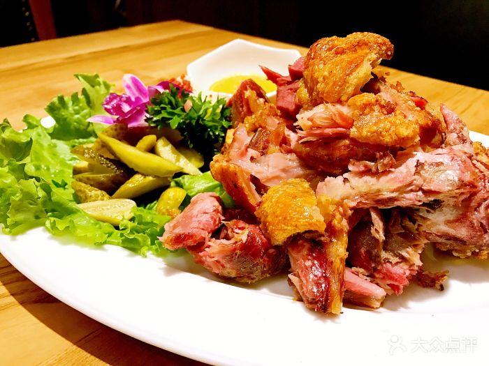 慕尼黑皇家啤酒餐厅-经典德式猪肘-菜-经典德式猪肘图片