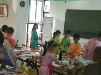 云河青少年美术学校
