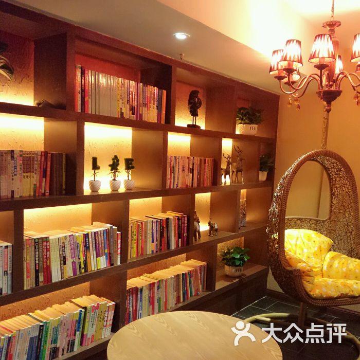 feel 国际美发沙龙(方恒购物中心店)高大上图片 - 第14张图片