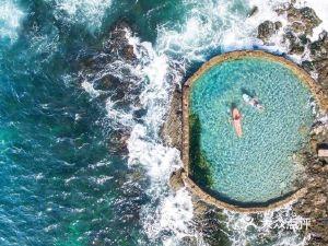 拉古納海灘