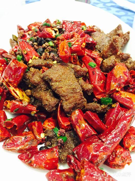 公在此吃了茄子小晚餐烧蘑菇很好吃.-佳家汇私美食街哪里在清真吉林图片