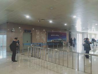大庆萨尔图机场-停车场