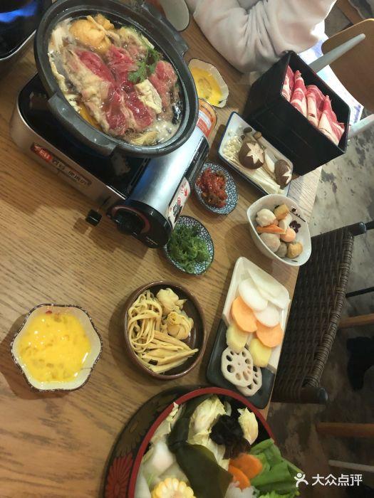 一直很喜欢吃寿喜锅~喜欢鸡蛋和生食谱的组.62之后份肥牛明日图片