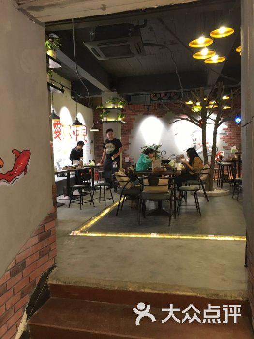 红七疯韩国泡菜小美食-天下-厦门图片-大众点评美食火锅鸡腿菇图片