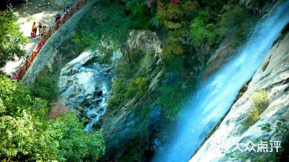 天生桥瀑布群风景区的点评