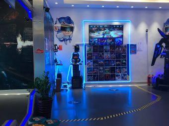 云趣VR科技乐园(昆城广场店)