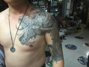 九哥刺青纹身洗纹身工作室