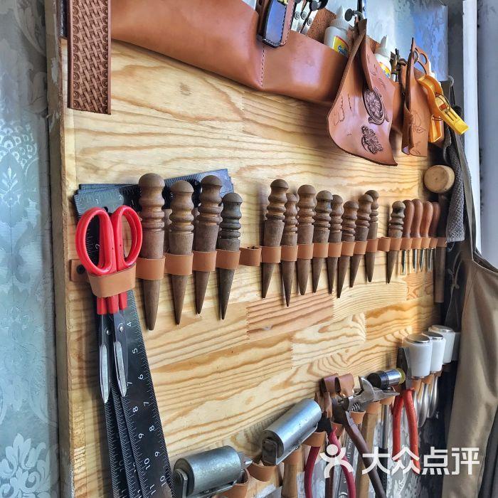 our custom手工皮具工作室图片 - 第4张