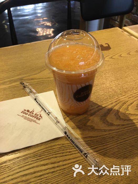 coffee东湖湾店-苹果胡萝卜汁-菜-苹果胡萝卜汁