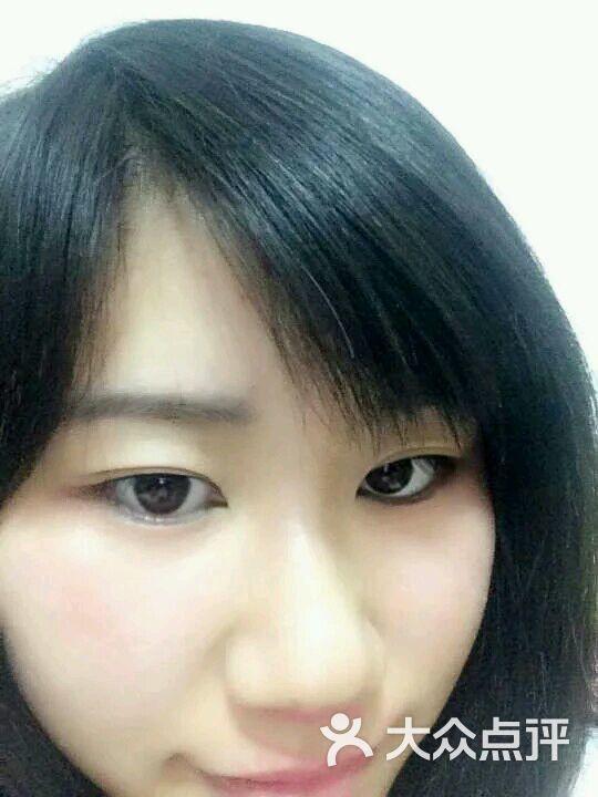 韩版学生伪素颜图片