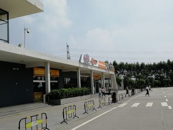 大塘服务区-停车场