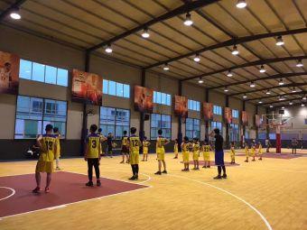 攀佳体育篮球训练营(冠浦运动校区)