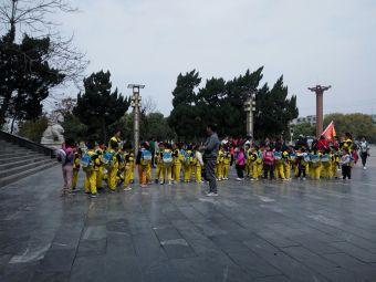 岘山文化广场停车场
