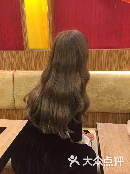 3am hair salon烫发染发接发(天津银河店)图片 - 第1张图片