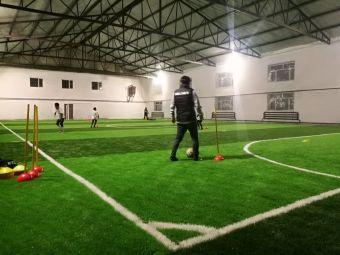 龙耀室内足球场
