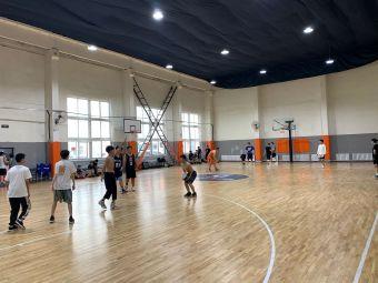 怀远门篮球馆(中街店)
