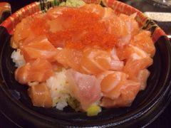 woomy丸米寿司(嘉里城店)的海鲜饭