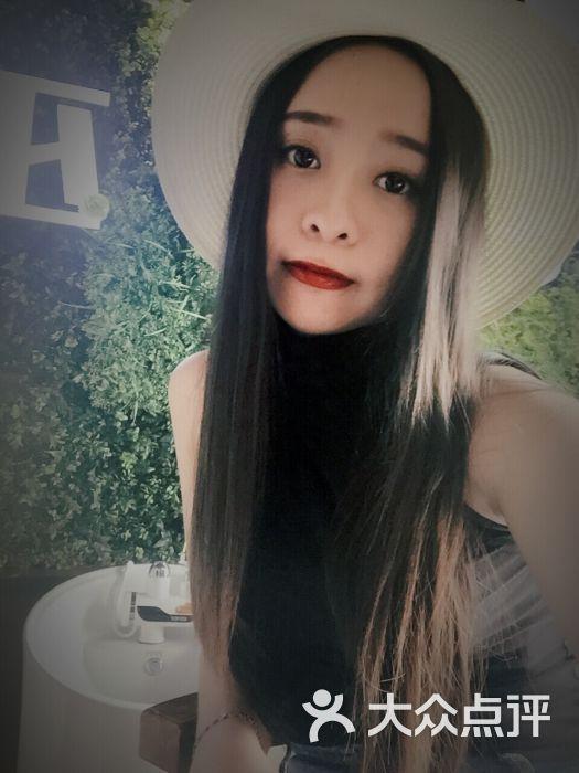 尼巫韩国素颜体验馆.美甲美睫
