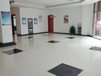 云南大学呈贡校区电子信息技术实验教学中心